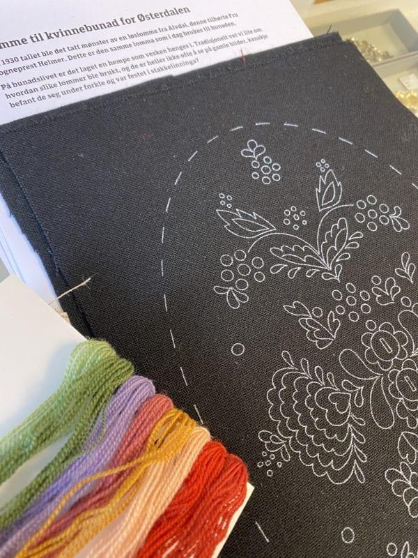 Materialpakke til Østerdalsbunad lomme/bunad med mønster og garn