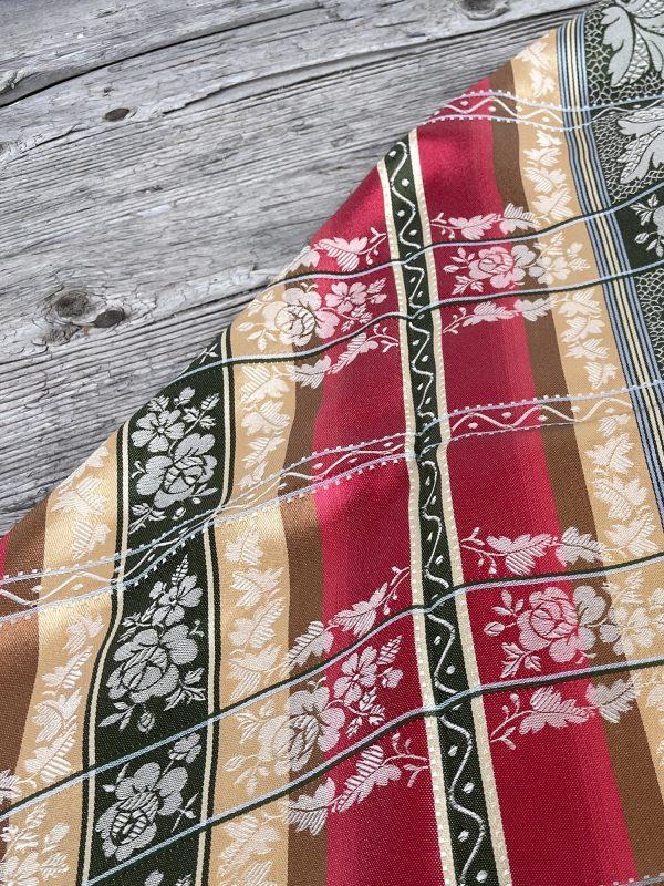 Aurora silkesjal for bunad med frynser