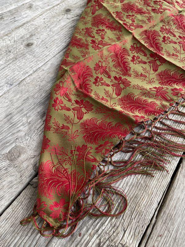 Rødt/Gull silkesjal med frynser